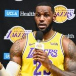 LeBron James Puts Off-the-Court Woes Out of His Mind